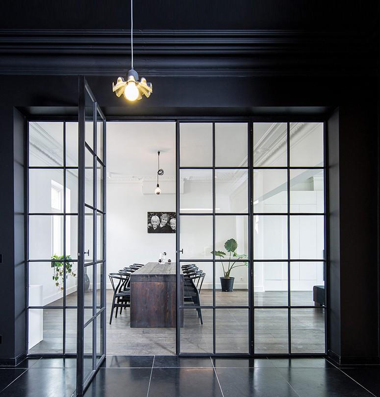 Stalen ramen en deuren van Feral Group
