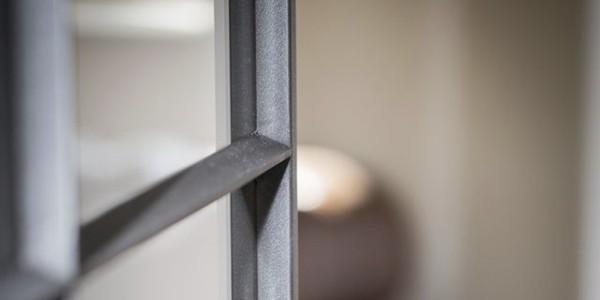 Glaslatten stalen raam