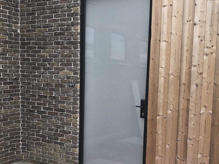 Melkglas stalen voordeur